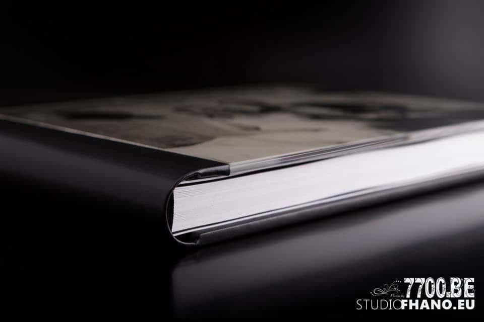 Album de prestige réalisé par le studio Fhano.eu https://www.7700.be