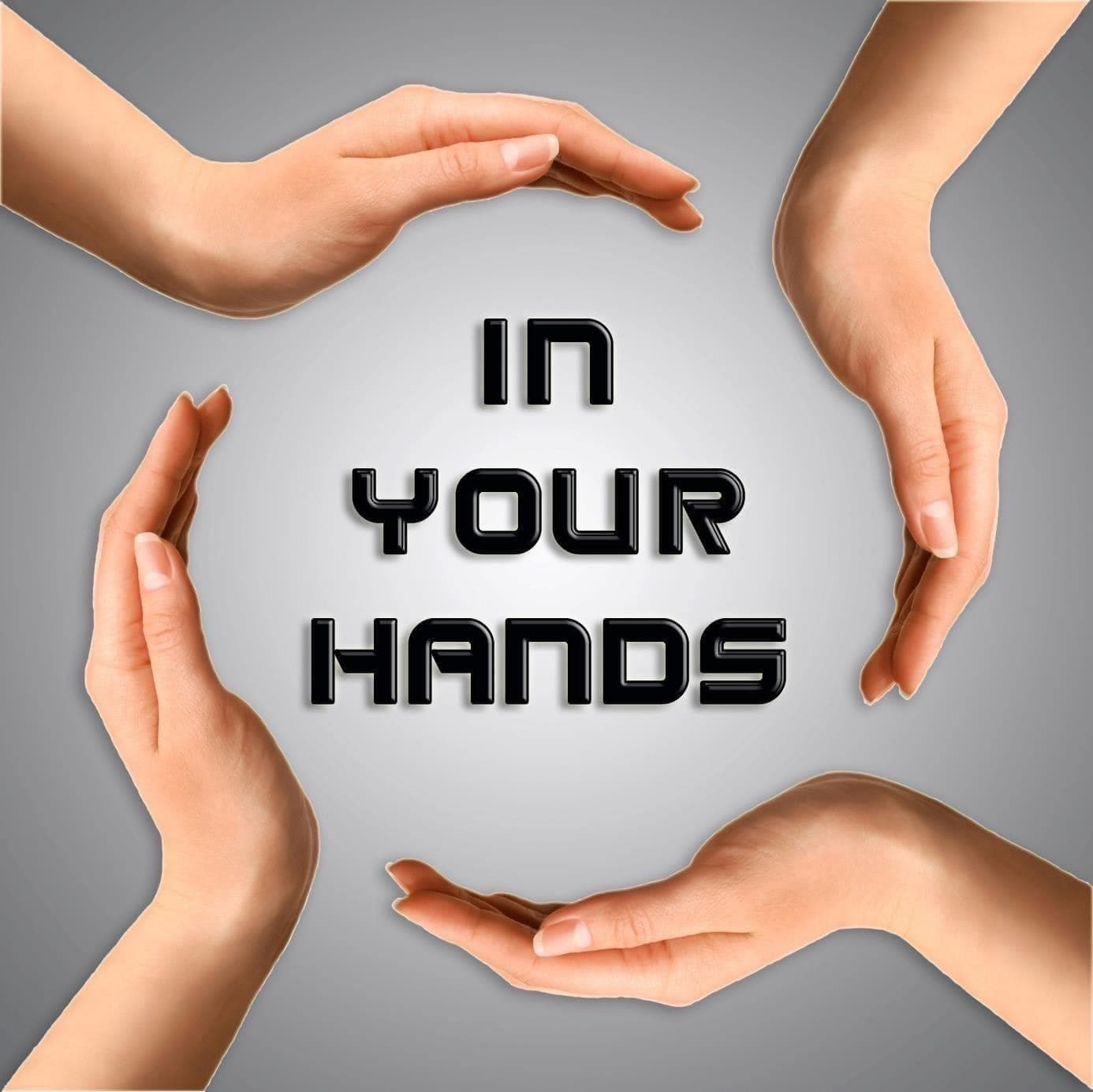 le groupe in your hands