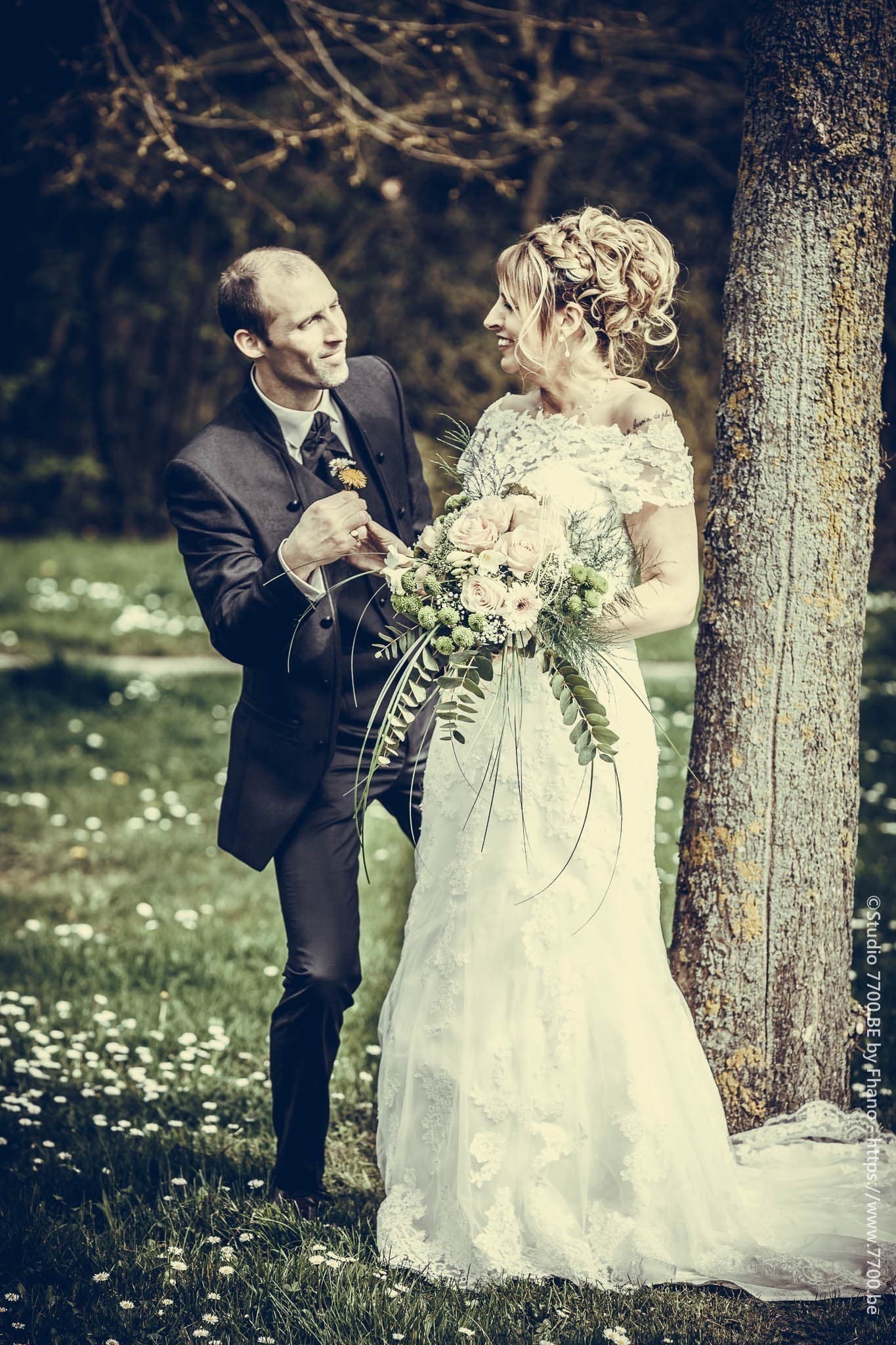 Les photos du mariage de Catherine et Stéphane prisent par le STUDIO 7700.BE by Fhano https://www.7700.be