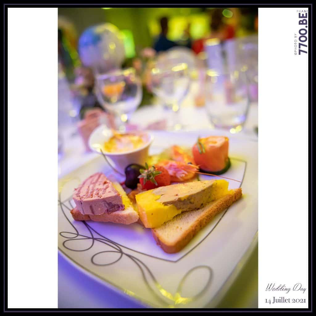 L'entrée du menu proposés aux invités - Quelques photos © faites par le studio 7700BE et votre photographe Fhano lors du mariage de GERALDINE ET SEBASTIEN