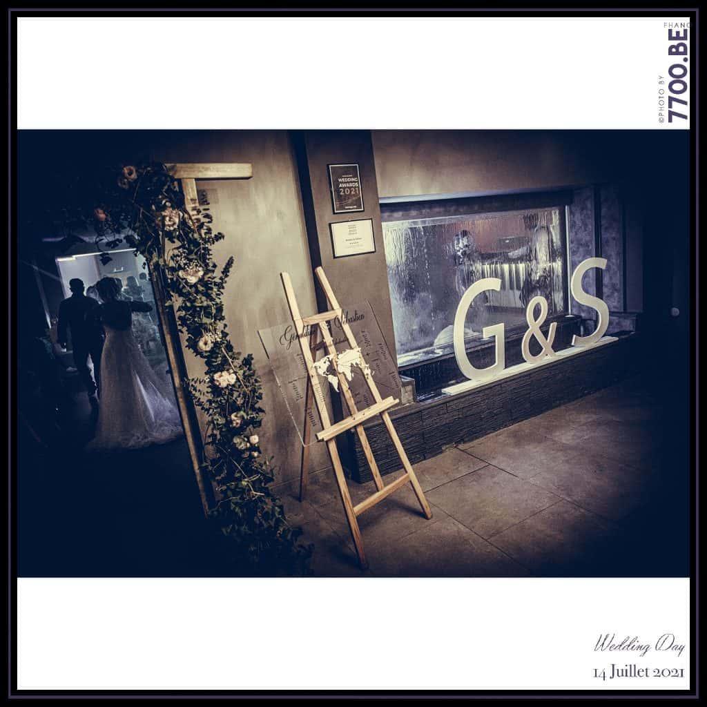 Décorations de la salle de réception au domaine de l'abbaye - Quelques photos © faites par le studio 7700BE et votre photographe Fhano lors du mariage de GERALDINE ET SEBASTIEN