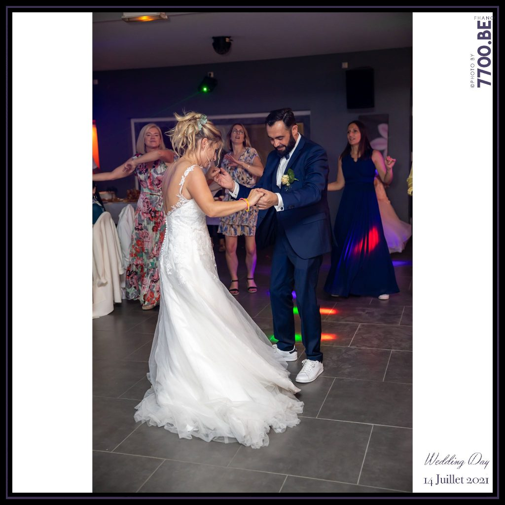 Soirée dansante et ré ouverture de bal par les mariés - Quelques photos © faites par le studio 7700BE et votre photographe Fhano lors du mariage de GERALDINE ET SEBASTIEN